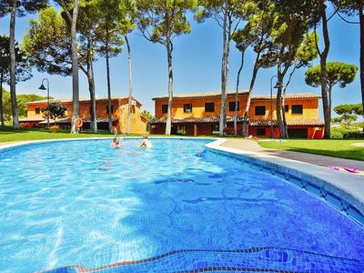 Photo for Terraced Houses Golf Relax, Playa de Pals  in Um Girona - 8 persons, 4 bedrooms