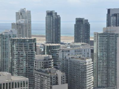 Photo for Luxury 1 Bedroom Condo Entertainment / Financial District Downtown Toronto