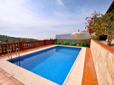 Photo for House with pool in Frigiliana