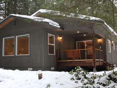 Photo for 30GS - HT - Wi-Fi - BBQ - Sleeps 8!