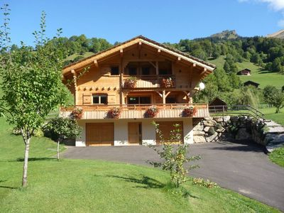 Photo for Beautiful cottage at the foot of the Aravis