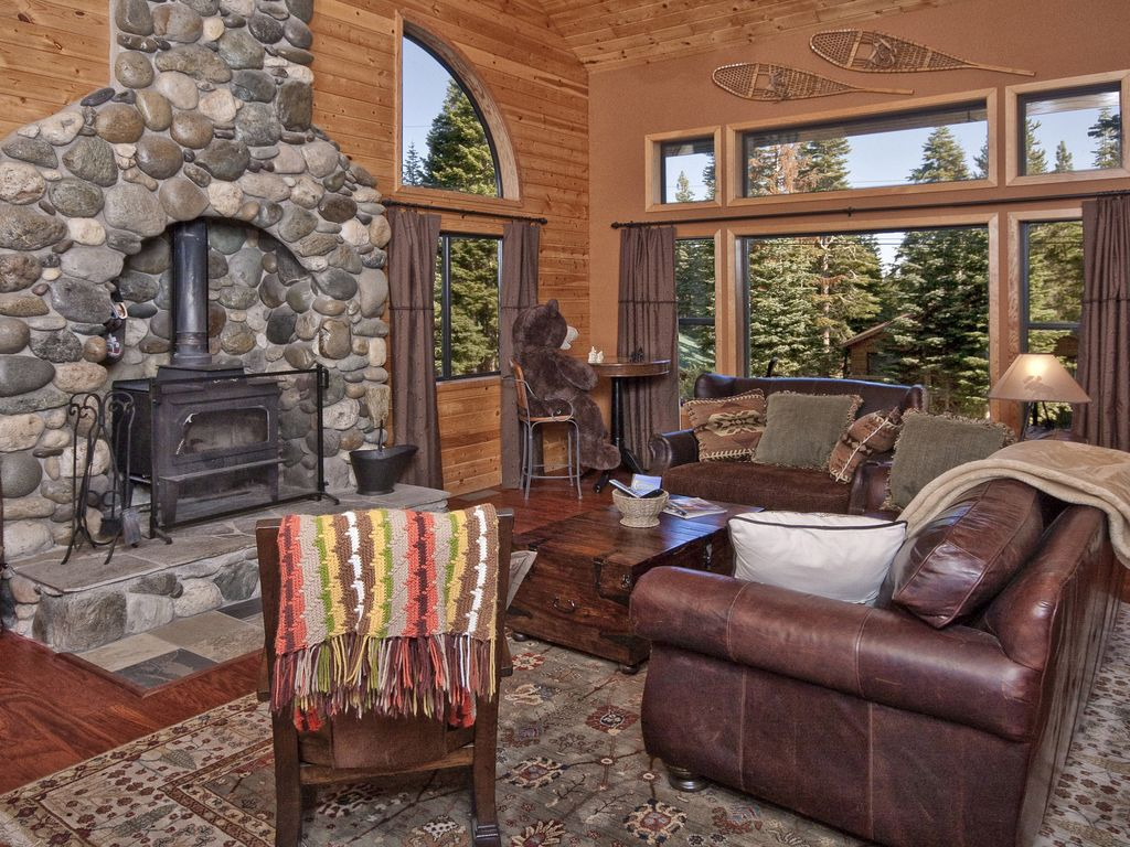 Living Room With Wood Fireplace. Great Place To Curl Up On A Cold Night.