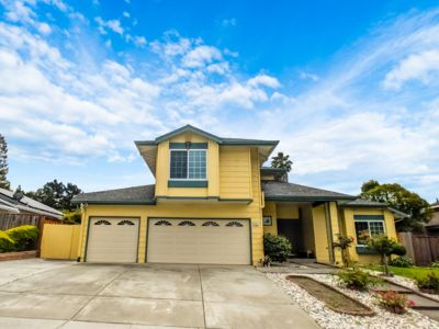 Photo for Amazing Family Friendly Home in Fremont