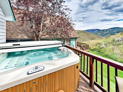 Photo for 3BR w/ Large Deck & Stunning Views of Beaver Creek