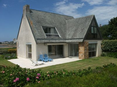 Photo for Charming Breton house with panoramic sea view - WIFI