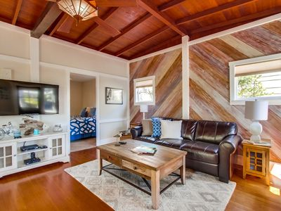 Surfer's Delight by 710 Vacation Rentals | Steps from Iconic Surf Break + King Bed + Fast Wifi