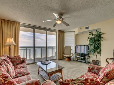 Photo for Crescent Shores, 3 Bedroom Beachfront Condo, Hot Tub and Free Wi-Fi!