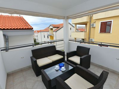 Photo for AMALIA - top floor cozy one bedroom apartment with air con