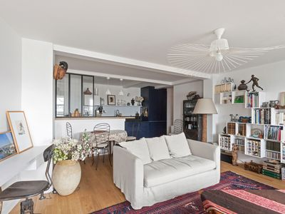 Photo for Apartment close to the Moulin Rouge - W337
