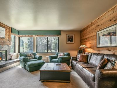 Photo for Cozy 1 Bdrm w/Pool and Hot Tub Access! Great Summer Rates!