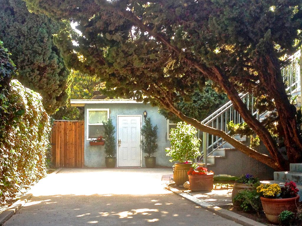 Enchanting Cottage Near Beach with Private Patio, Backyard Garden ...
