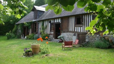 Photo for Charming cottage on the edge of Risle for 4 people