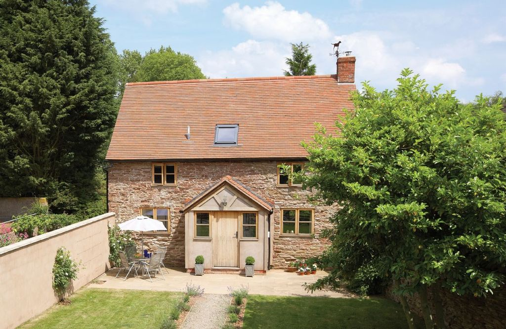 Originally converted from a 17th Century stone barn, set in a wonderful  rural location - Leominster
