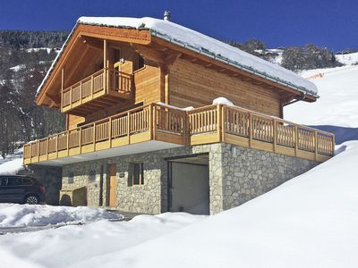 Photo for Unique luxury chalet, newly built, in the ski area of 4 Vallées