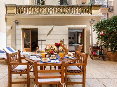 Photo for TRIOMPHE ELYSEES SWEET LOFT: 80 M2 + Your private terrace of 45 M2.