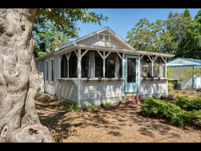 Charming, Historic Decorator Cottage near Downtown Sarasota