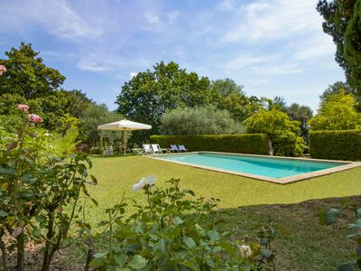 Photo for La Merlaia - villa with private pool 3 km from Lucca. Walk to village. Free WIFI