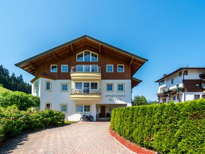 Photo for Apartment directly by the piste, with cable car at your doorstep