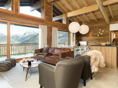 Photo for Beautiful apartment in a luxury residence with sauna, in the center of Châtel
