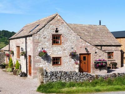 Photo for THE COW BARN, family friendly, with open fire in Alport, Ref 24191