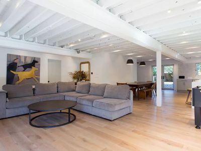 Photo for Spacious + modern: perfect for families, business gatherings, film shoots. 3bdrm