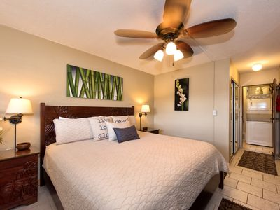 Photo for Beautiful one bedroom get-a-way in Paradise across from Cove Park