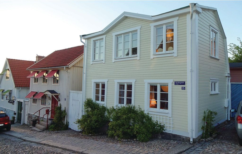 2 bedroom accommodation in Ronneby Photo 1