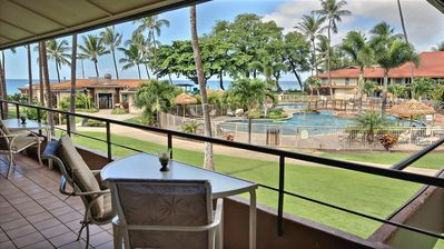 Photo for OCEANSIDE 1 BEDROOM #291 W EXCELLENT VIEW AND PREMIUM FURNISHINGS