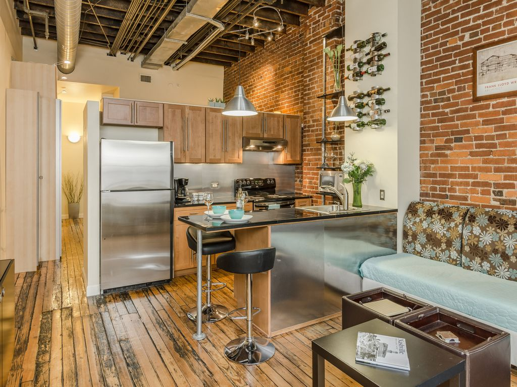 The Original  Nashville Loft. Nashville Loft   Downtown  Walk to Honky To      VRBO