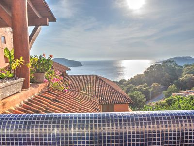 Photo for 2BR Apartment Vacation Rental in Zihuatanejo, Gro.