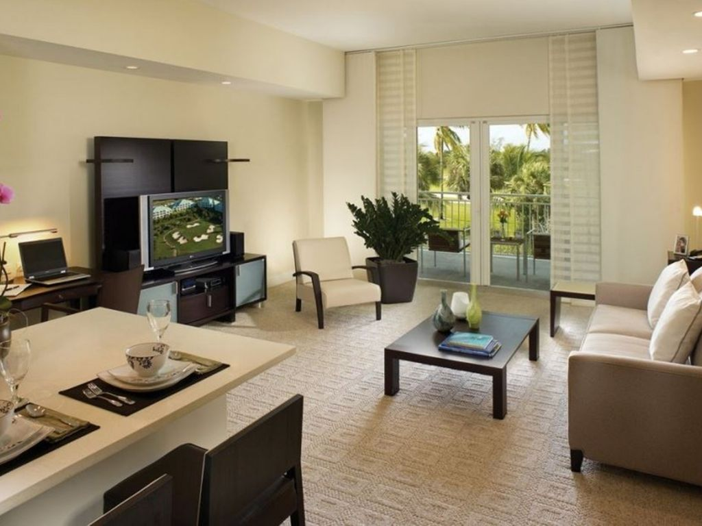 Beautifully decorated living and dining area with seating for up to 6  guests, and a