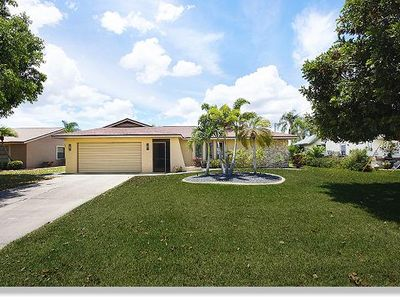 Photo for The Villa Westview with pool located on a canal in Cape Coral