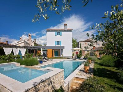 Photo for Tastefully furnished villa with pool and children's pool
