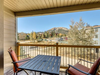 Photo for Lofted mountain condo w/ great view & shared hot tub/pool/gym/game room/sauna!