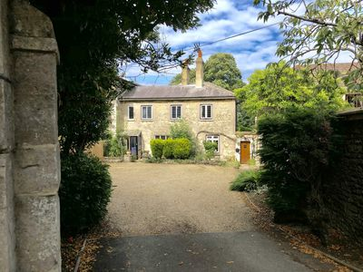 Photo for Beautiful  stone cottage in Ryde, once visited by Queen Victoria!