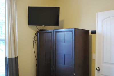 Flat screen in Queen bedroom