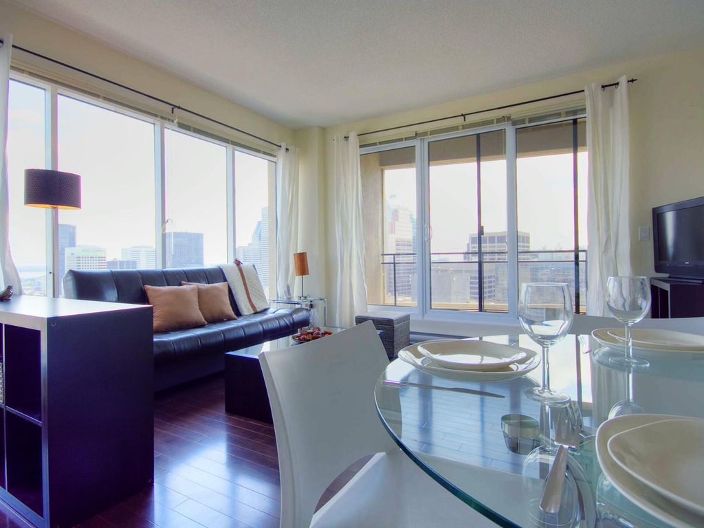 Petunia 1BR | Furnished Corporate Rental in Montreal