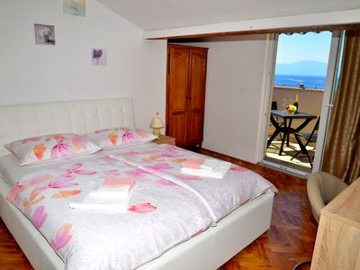 Photo for Apartment REA **** 2 + 2 With sea view and air conditioning