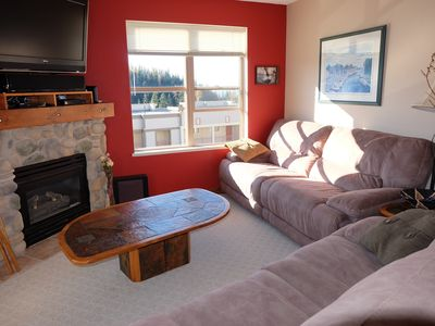 Photo for Corner Unit 2 Bed/2Bath Upgraded Corner- True Ski In/Ski Out - Pet Friendly