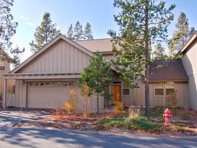 Photo for 42 Fremont Crossing: 4 BR / 3.5 BA townhome in Sunriver, Sleeps 8