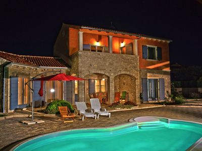 Photo for Very comfortable villa with pool and top equipment, peaceful location