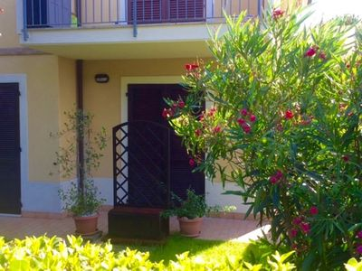 Photo for S126 - Sirolo, delightful three-room apartment with large garden