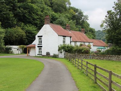 Photo for 2 bedroom accommodation in Rievaulx, near Helmsley