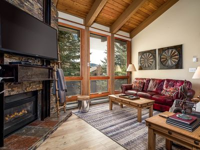Photo for Exceptional, Updated Family Lodging, Close To Pool , Mountain Activities