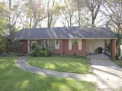 Photo for Adorable 2 Bedroom Home near Trendy Downtown Jackson