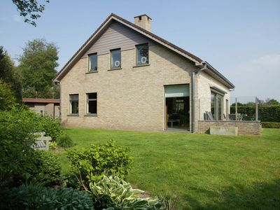 Photo for Luxurious and detached villa with sauna, at the foot of the Cadzand Bad dunes