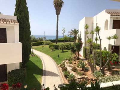 Photo for Excellent House by the Sea in Closed Condominium - 12 meters from the Beach!