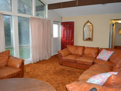Photo for Groovy Country Pad in a Serene Setting