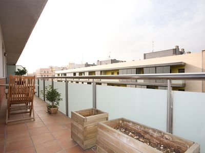 Photo for Beach Flavour apartment in Poblenou with WiFi, air conditioning, balcony & lift.