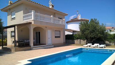Photo for House at 800m. from the beach, air conditioning, private pool, wifi and barbecue